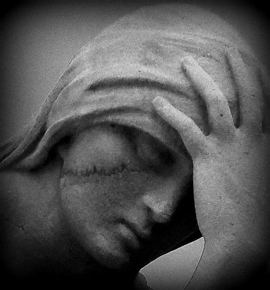 Niobe Grieving